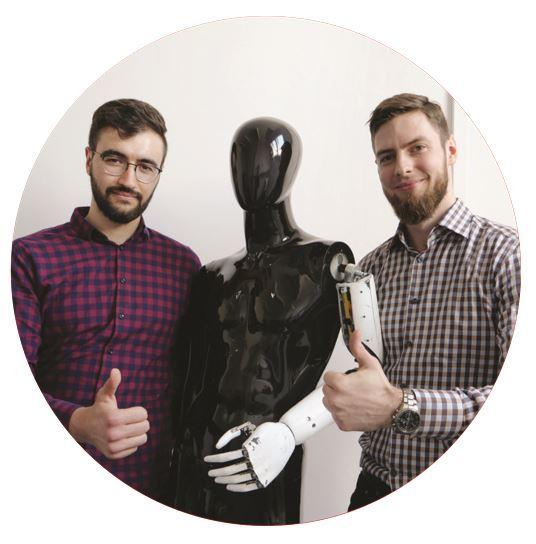 Wojciech Rokosz - koordynator projektu oraz Mateusz Stachowiak - konstruktor i programista